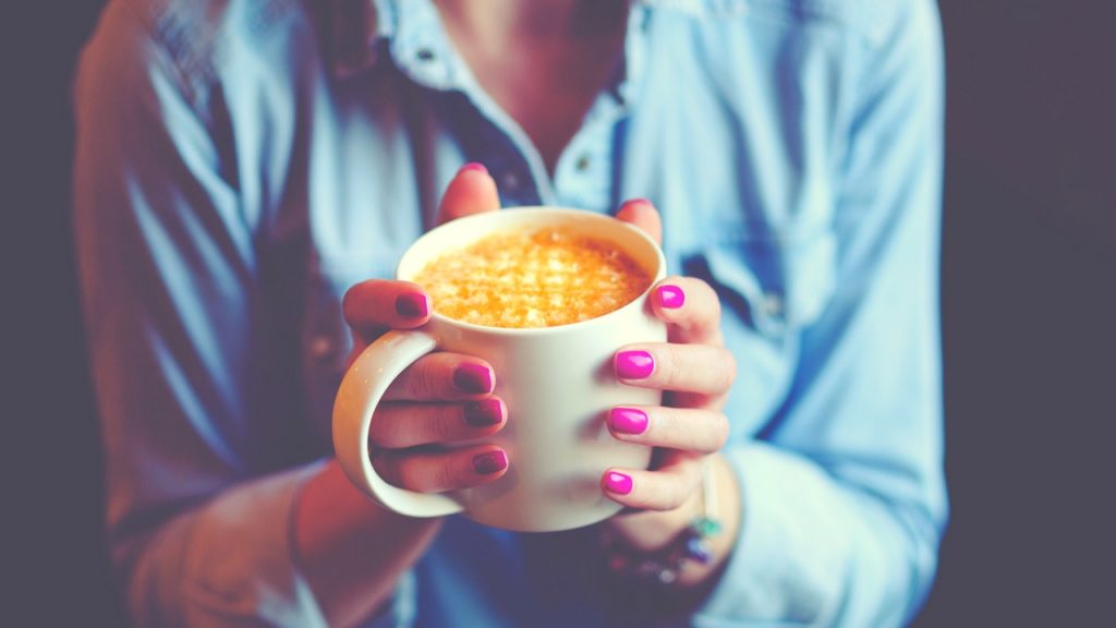 PINK NAILS AND CUP